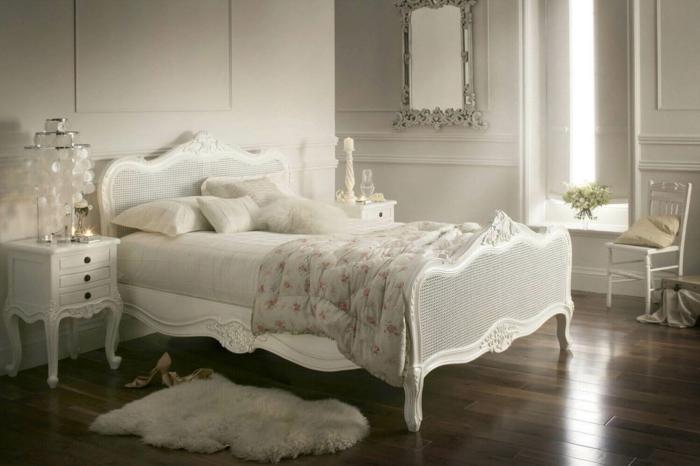 ein weißes Bett an einer weißen Wand, weiße Lampe und weißer Teppich, moderne Zimmer