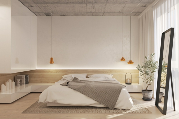 ein Spiegel mit schwarzen Rahmen, drei hängende Lampen, moderne Schlafzimmer