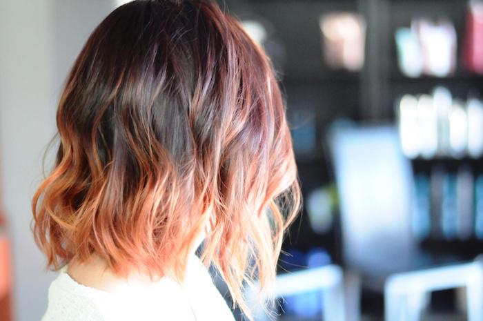 rote oder blonde strähnen, was passt zu kurzen haaren, ideen für junge damen, coole haarfarben