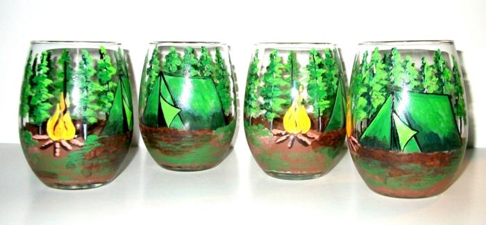 vier grüne Gläser, wie ein Wald, wo Sie Ausflug machen, Glas bemalen