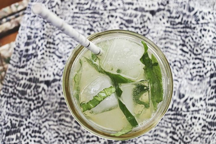 Make lemonade yourself - recipes for a healthy soft drink