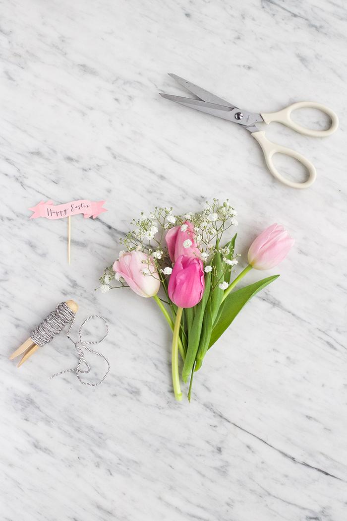 Kleine Tulpensträuße mit Faden binden, Grußkarten basteln, schöne Geschenkidee zu Muttertag