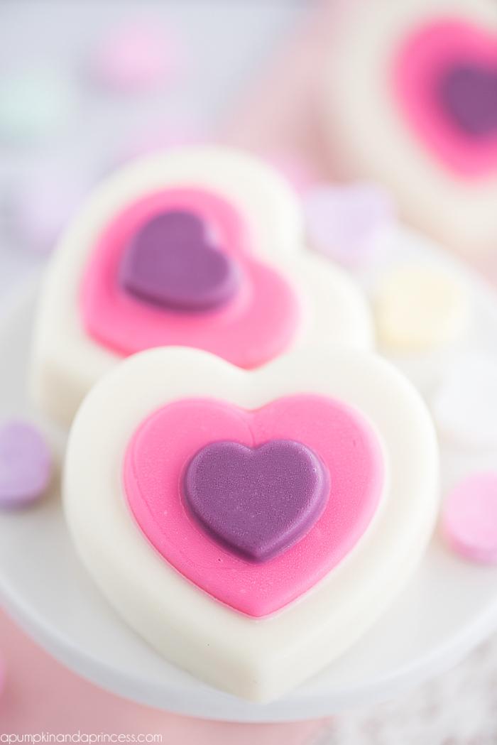 Herz-Seife selbst herstellen, kleines originelles Geschenk für die Braut, Hochzeitsgeschenke zum Selbermachen