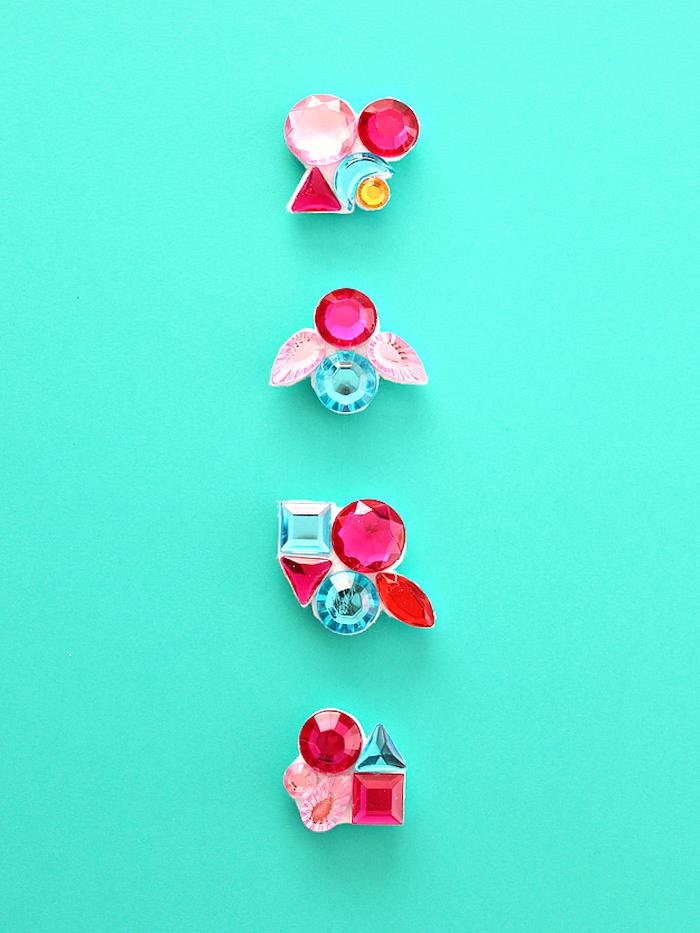 Kleine Magnete mit bunten Kristallen selber machen, Idee für DIY Geburtstagsgeschenk