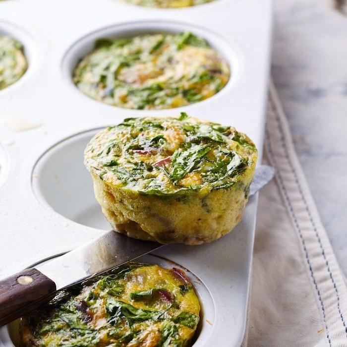 gesunde ernährung abnehmen, cupcakes selber machen, muffins aus eiern und gemüsen, messer
