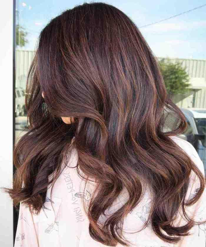 Dunkelbraune Haare Caramel Braun Farben Mittellange Haare