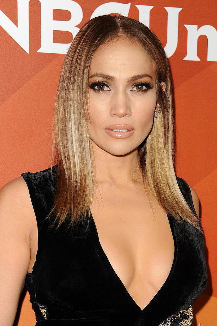 haare selber blondieren, jennifer lopez, frisuren für ovales gesicht, braune haare mit blonden strähnen