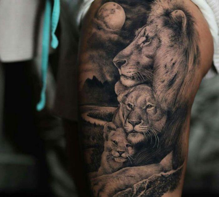 löwe bedeutung, realistische 3d-tätowierung am oberschenkel, löwin mit kleiner löwe