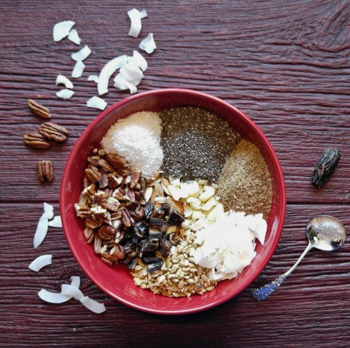low carb riegel selber machen, die fertige zutaten zu der zubereitung von den schönen kleinen snacks