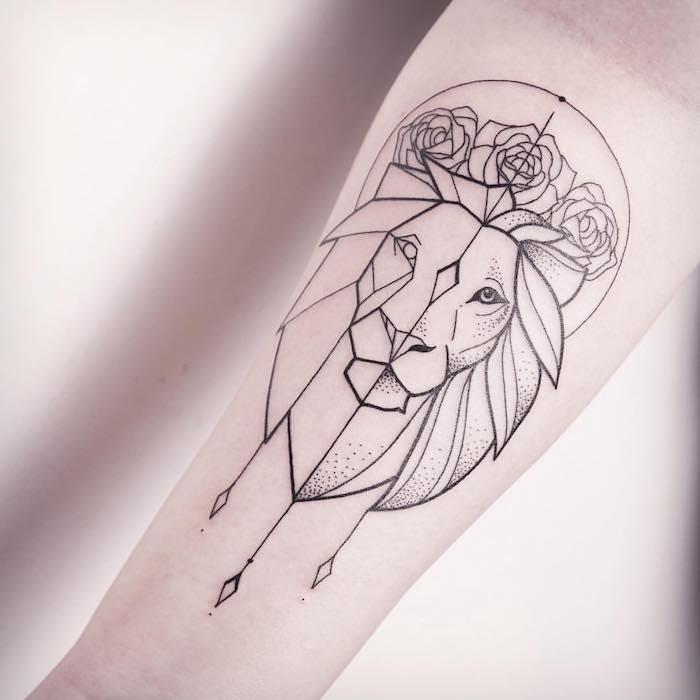 sternzeichen löwe tattoo, löwenkopf mit rosen und geometrischen elementen, arm