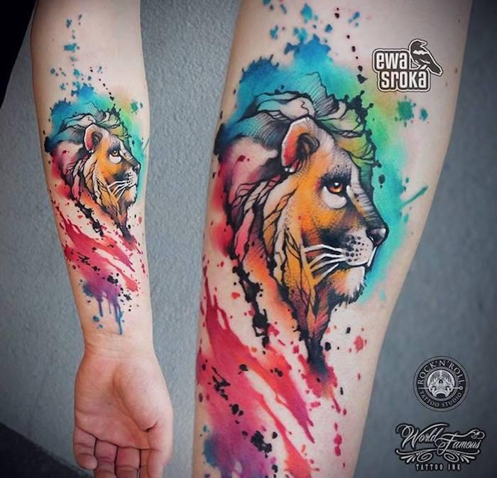 tattoo löwenkopf, wasserfarben tattoo am unterarm, arm tätowieren
