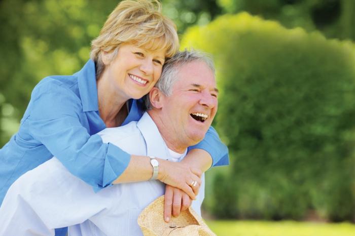 abnehmen ernährungsplan, zufriedenes ehepaar, schöne leute, liebe, die schlüsselwörter zum erfolg und zur gesundheit