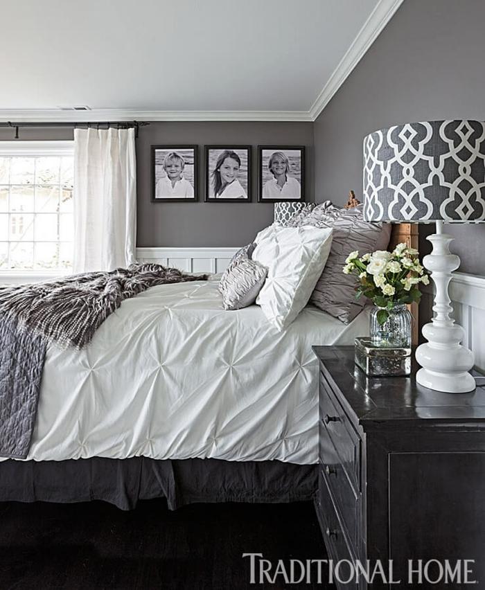 graue und weiße Einrichtung, welche Farbe passt zu Grau, drei Fotos von Kindern