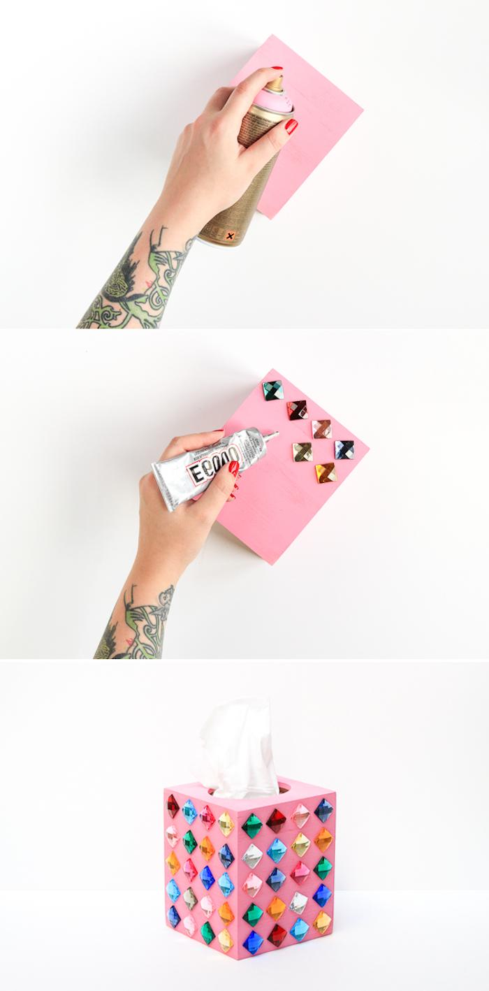 Servietten Box selbst verzieren, mit Spray besprühen, bunte Kristalle darauf kleben