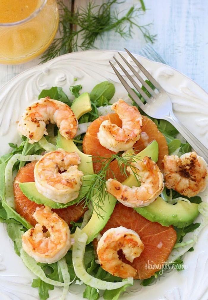 schnelle Salate, Krevatte, exotische Früchte, Blutorange und Avocado