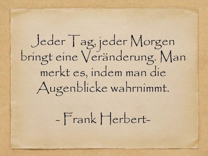 ein zitat von frank herbert, ein bild mit einem alten gelben blatt papier mit einem kurzen spruch, kurze geburtstagswünsche für männer