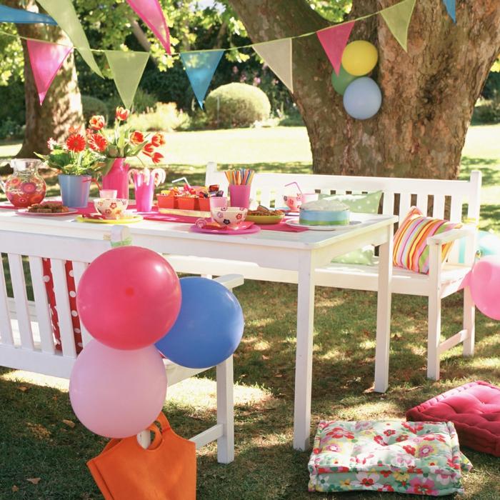 bute dekorationen in rosarot, blau und gelb, kinderparty oder für erwachsene, Gartenparty Deko