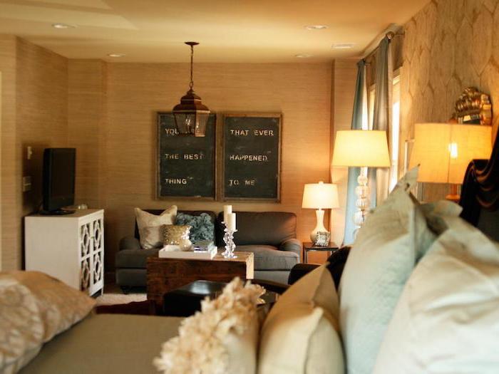 schlafzimmer gemütlich gestalten, wandgestaltung, wanddeko ideen, authentischer schrift