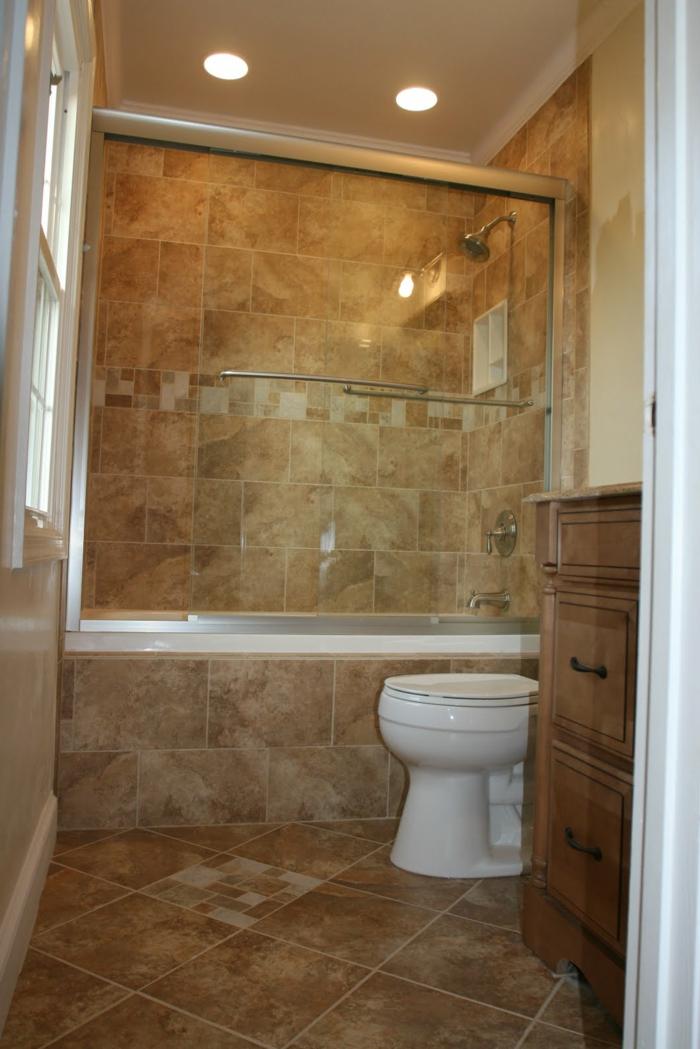 kleine Räume geschickt einrichten, ein Zimmer mit braunen Fliesen, kleine Räume gestickt einrichten
