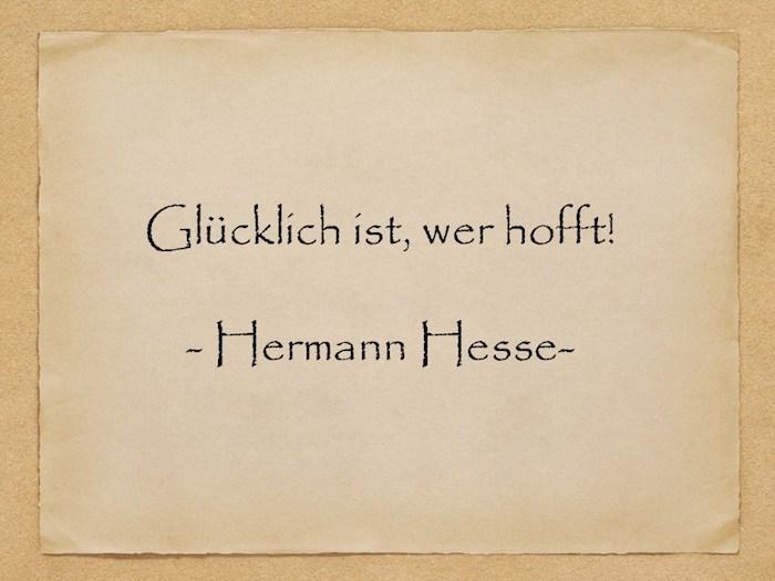 ein bild mit einem alten gelben blatt papier mit einem zitat von hermann hesse, geburtstagswünsche bilder für männer