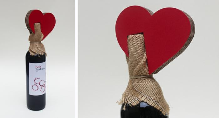 ein Herz öber die Korke, Sackleinen Flaschenverpackung, Geschenk zum Valentinstag