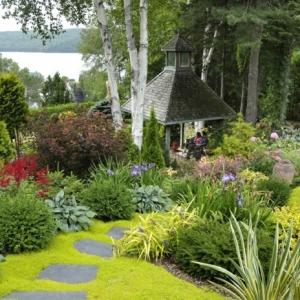 Garten gestalten mit wenig Geld - Tipps und Tricks für günstige Begrünung