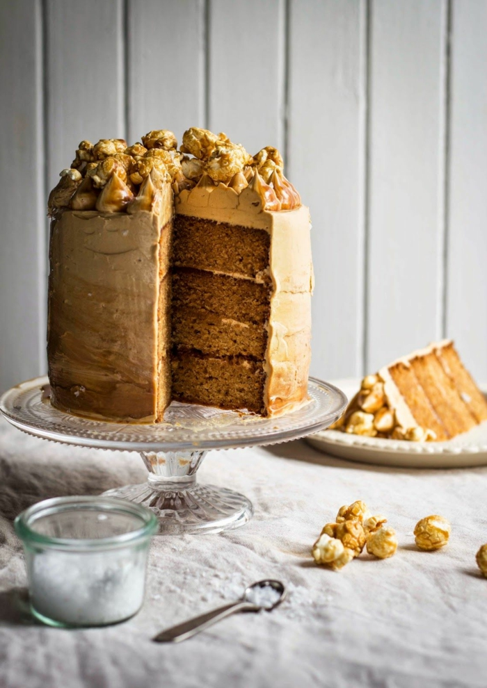 ein Toffifie Torte Rezept für eine lustige Geburtstagparty oder eine Hochzeit