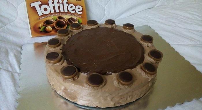 Toffifee Torte einfach himmlisch, ein originelles Rezept mit Toffifie Pralinen, so lecker