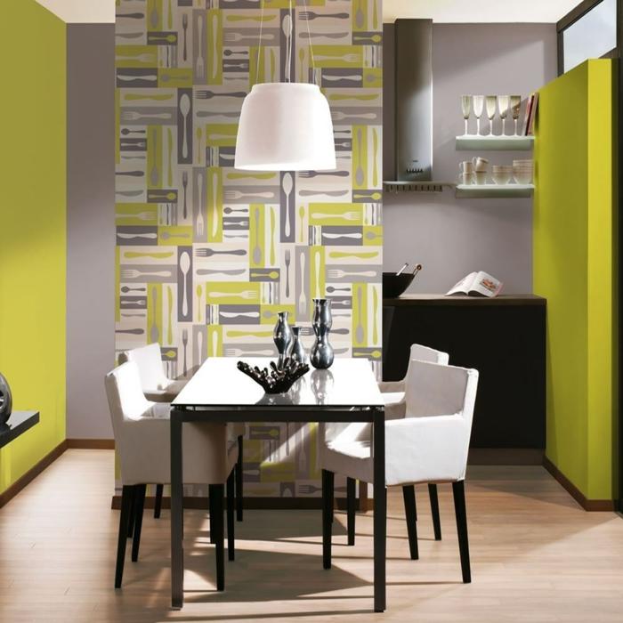 eine Küche in grün und grau gestaltet, Wanddekoration Ideen, Bilder von Messer, Gabel und Löffel