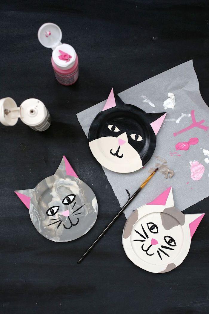 Katzen Teller selber basteln und bemalen, coole DIY Geschenkidee zum Nachmachen