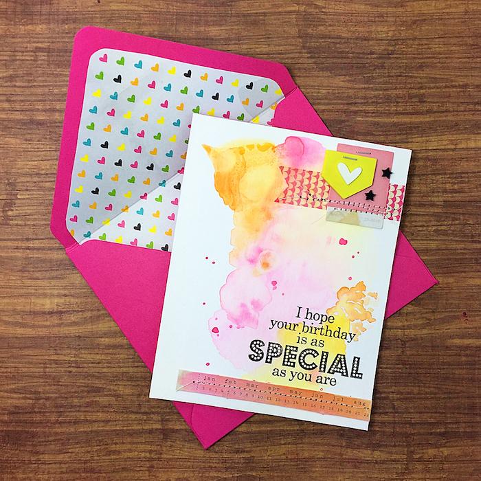 geburtstagskarte basteln, rosa briefumschlag mit bunten herzen, klappkarte dekoriert mit wasserfarben
