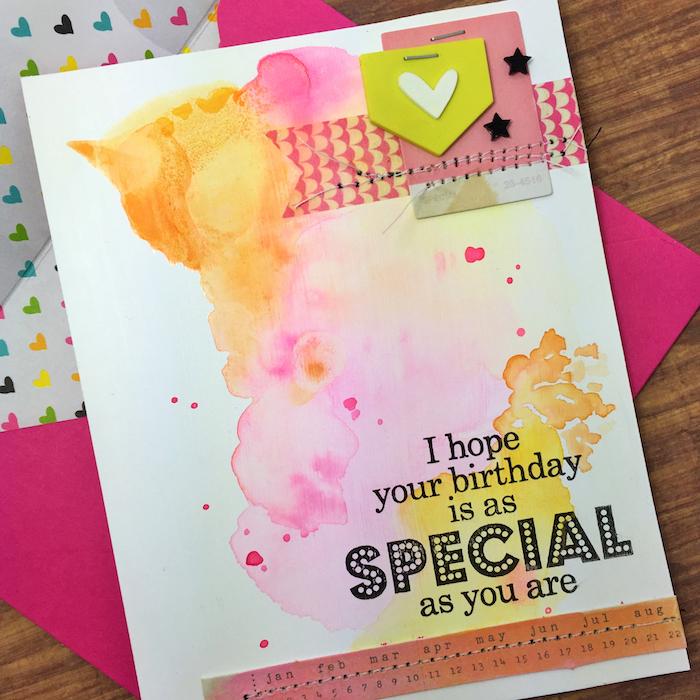 geburtstagskarten selber machen, rosa briefumschlag, weiße klappkarte dekoirert mit bunten wasserfarben