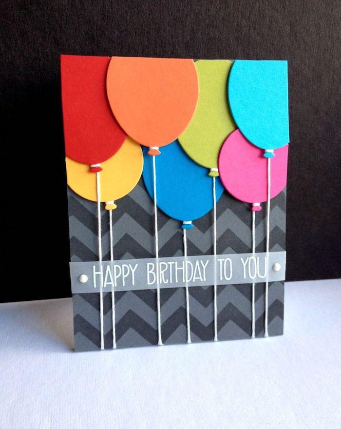 karten selber basteln, schwarzes papier mit geometrischem muster, bunte luftballons, geburtstag