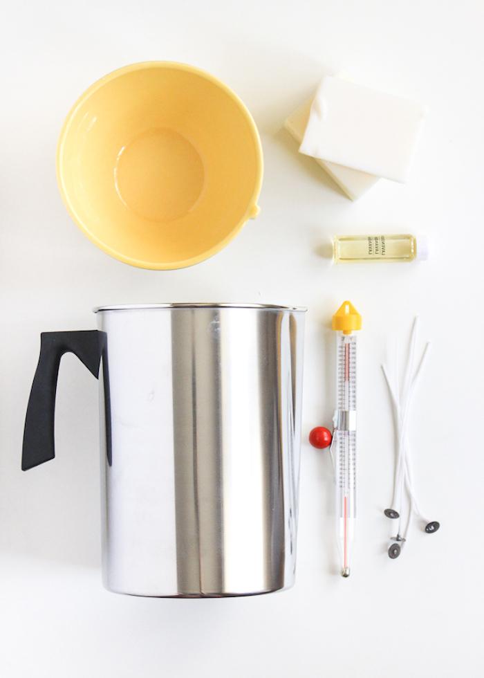 Kerzen selber machen, Lavendel Duftkerzen, Materialien für DIY Projekt