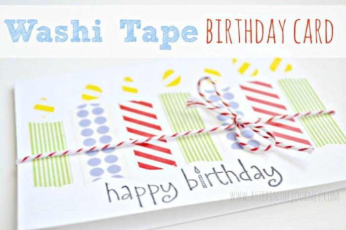 klappkarte basteln, schleife aus garn in rot und weiß, kerzen aus washi tapes, diy ideen