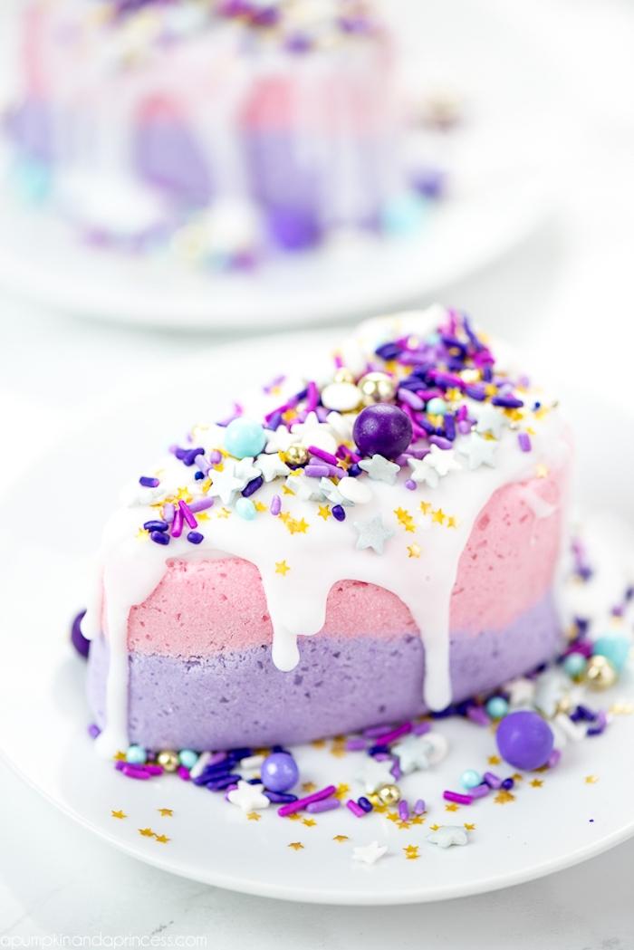 Badekugel in Form von Torte mit Sahne Zuckerstreuseln und Perlen, Geschenk für Mutter