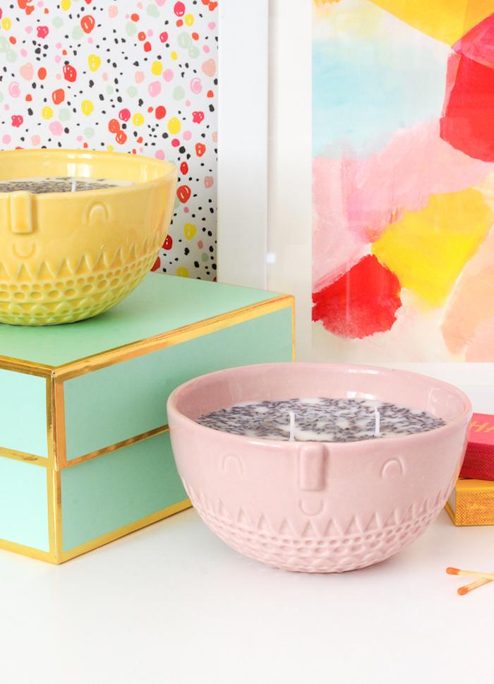 Lavendel Duftkerze in rosa Schale mit Gesicht, Geschenkidee zum Muttertag