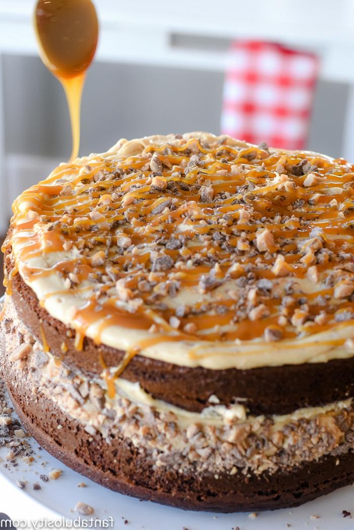ein Rezept wie Toffifee Kuchen mit Karamell zuzubereiten, Schokolade Boden