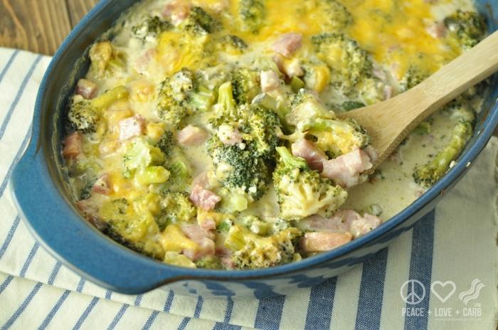 eine schöne schnelle speise mit brokkoli und einer und mais, gesunde rezepte abendessen,