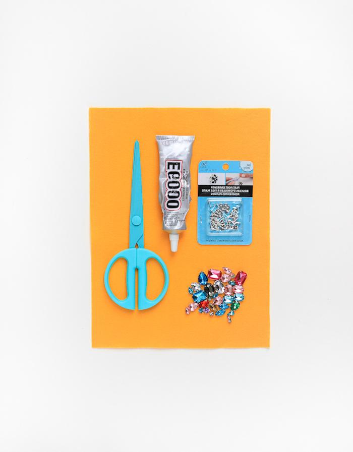 Ohrringe mit Kristallen selber machen, schöne DIY Geschenkidee zum Muttertag