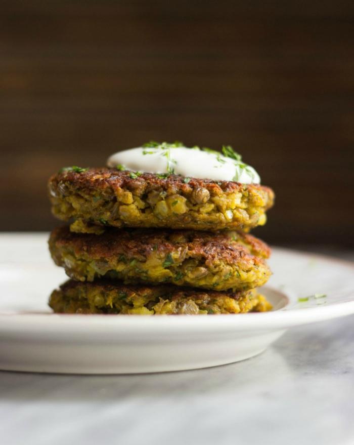 frikadellen aus linsen, vegetarisches kohlenhydratefreies essen, backen anstelle von frittieren,