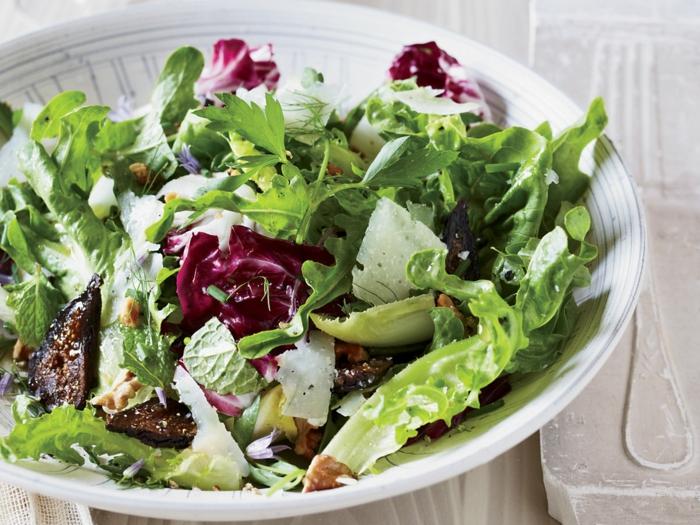 ein Salat in zwei Farben, Grün und Rot, Sommersalate Rezepte