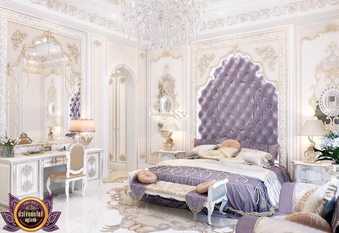 zimmer einrichten in prächtigem orientalischen stil, weiß, beige und lila, violette dekoration