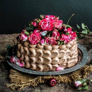 Torten dekorieren - inspirierende Ideen und Anleitungen