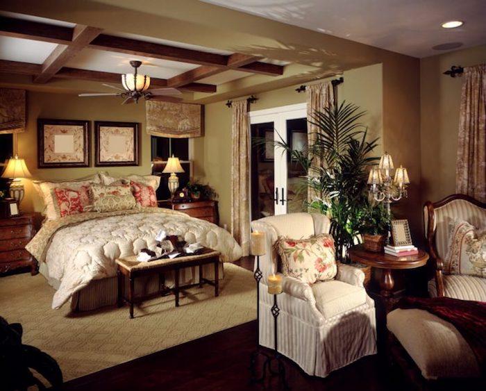 wanddeko schlafzimmer im vintage landhausstil, ideen zum nachmachen in einem haus oder villa auf dem lande
