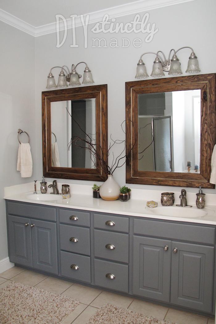 welche farbe passt zu lila und grau, beige ideen, badezimmer, spiegel zwei mal, bad für zwei