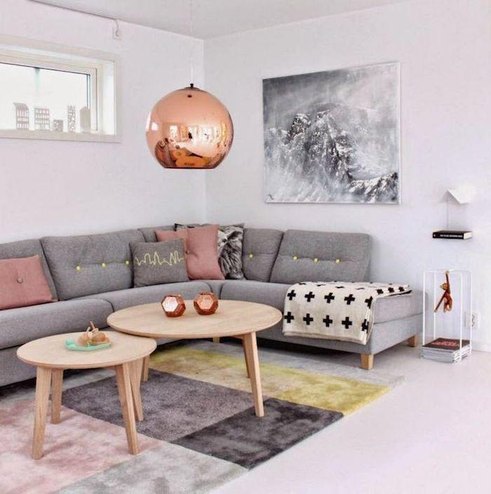 graues wohnzimmer einrichten und dekorieren mit schönen elementen rosegoldene dekorationen, weiß schwarz, ikea möbel