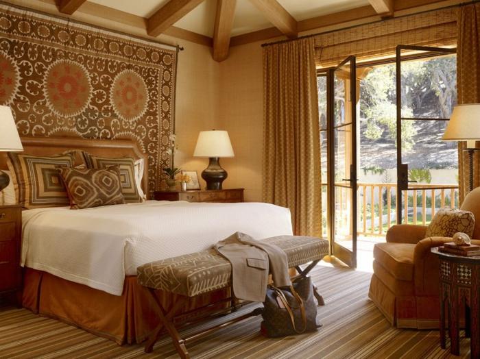 spiegel im schlafzimmer, lampen, designerideen, wanddeko teppich orientalisch stil ideen
