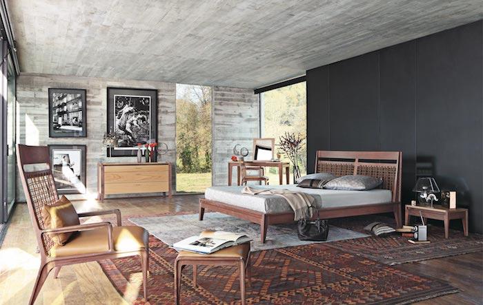 graues wohnzimmer mit authentischem stil gestalten, traumteppich, persischer oder türkischer teppich im zimmer, wanddeko idee grau, doppelbett