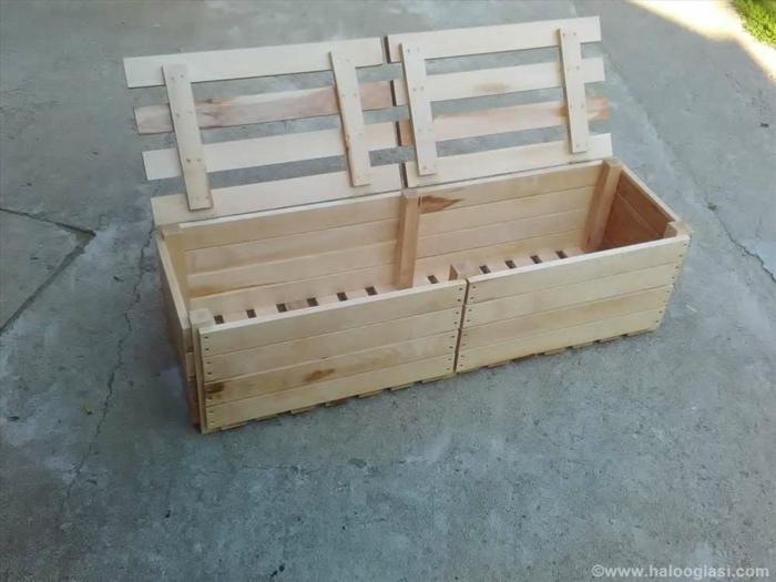 balkonmöbel kleiner balkon selber machen, schrank und bakn auf einmal, palettenmöbel selber machen